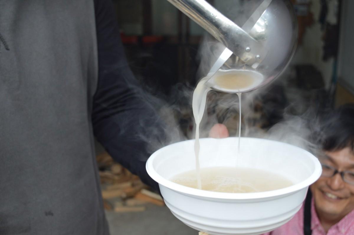 牛骨白湯スープ